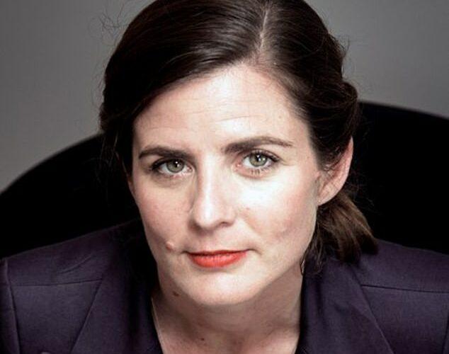 """Camille Kouchner har skrevet bogen """"La familia grande"""", som sætter fokus på seksuelle overgreb og incest i den franske kulturelite."""
